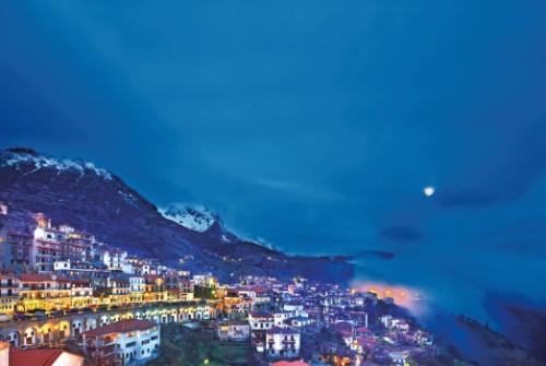 ΑΡΑΧΩΒΑ, το διαμαντι στο στέμμα του Ελληνικού St. Moritz