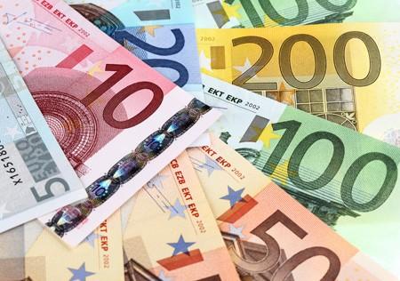 Γερές επιδοτήσεις για μεταποίηση και εμπόριο