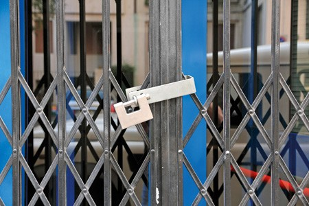 Εξπρές σφραγίσεις: Ασαφής η νέα διαδικασία ελέγχου από τις τοπικές αστυνομικές αρχές