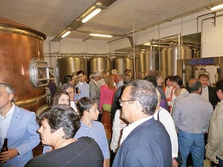 Εγκαίνια για τη μπίρα ΝΗΣΟΣ στην Τήνο