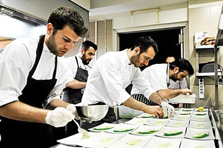 Νέα Ελληνική κουζίνα στο Sani Gourmet 2013